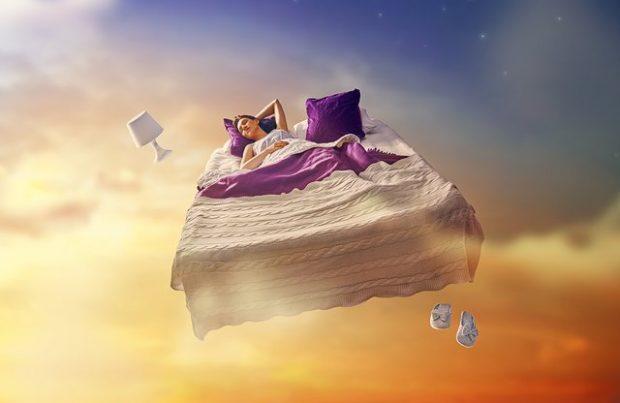 NGA RËNIA PREJ LARTËSISË TEK…/ Cilat janë kuptimet e këtyre 5 ëndrrave të frikshme
