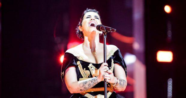 SA ME FAT JONIDA! Një herë shkon në Eurovision, qëllon me divën më të madhe të të gjitha kohërave