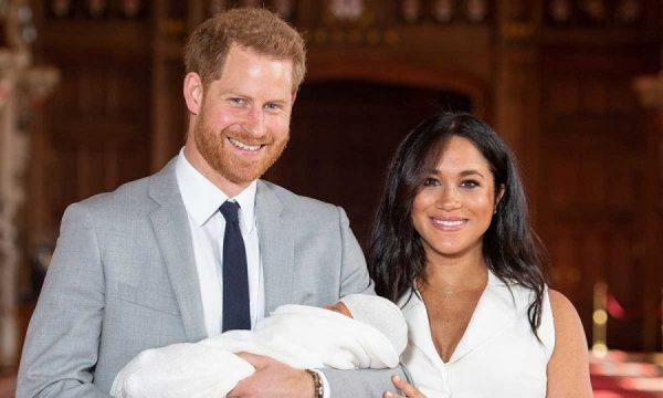 MEGHAN DHE HARRY PREZANTOJNË DJALIN TEK MIQTË/ Serena Williams takon Archie-n për herë të parë