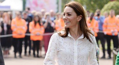 ME ATLETE DHE PANTALLONA TË GJERA/ Kate Middleton sapo na dha kombinimin më perfekt për në përditshmëri