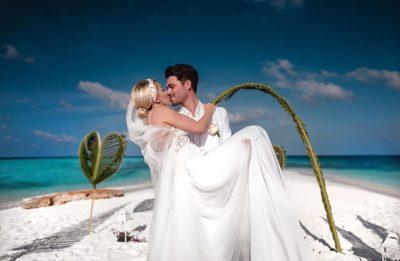 HARROJENI MARTESËN NË MALDIVE/ Albani dhe Miriami do të bëjnë dasmë shqiptare