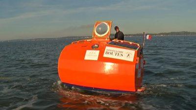 E PAZAKONTË/  I moshuari kalon Oqeanin Atlantik me një… fuçi gjigante