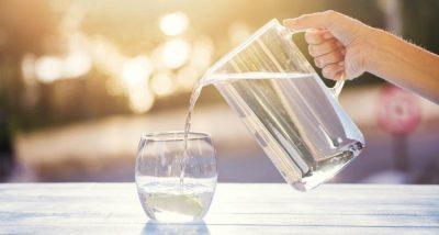 PROVOJENI/ Një gotë me ujë në mëngjes bën mrekulli