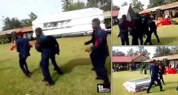 PO PËRCILLNIN TË NDJERIN DUKE KËRCYER/ Rrëzojnë arkivolin bashkë me kufomën… (VIDEO)