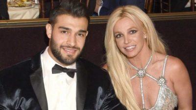 THA SE MUK DO LARGOHET NGA MUZIKA/ Britney Spears fotografohet e lumtur pranë të dashurit