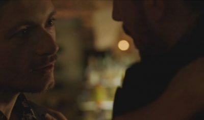 PUTHI NJË MASHKULL NË FILM/  Aktori shqiptar tregon reagimin epik të bashkëshortes