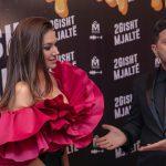 VAJTËN NË KANË PËR TË PROMOVUAR FILMIN/ Elvanën dhe Ermalin i pret në jaht miliarderi shqiptar