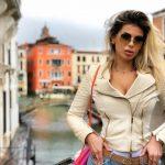 """U KAPËN """"MAT""""/ Luana fotografohet me Krenarin në Venecia (FOTO)"""