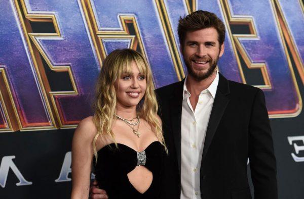 LIAM THYEN HESHTJEN PAS NDARJES/ Ja çfarë i uron Miley-t
