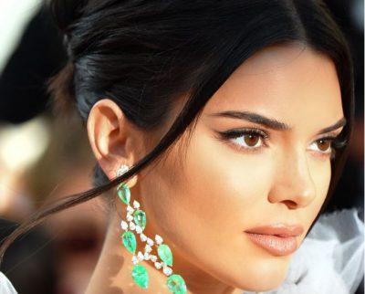 """VËMENDJE VAJZA/ Veshjet më """"cool"""" të Kendall Jenner prej të cilave ia vlen të frymëzohemi"""