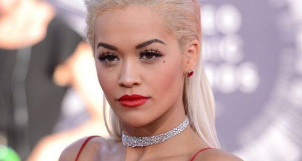 """NA LA GOJËHAPUR""""/ Rita Ora shkon për herë të parë në Festivalin e Kanës, mediat e huaja mahniten"""