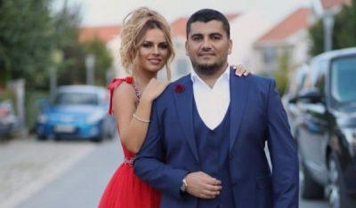 PRET TË BËHET NËNË/ Ariana Fejzullahu publikon për herë të parë foto me barkun e rrumbullakosur