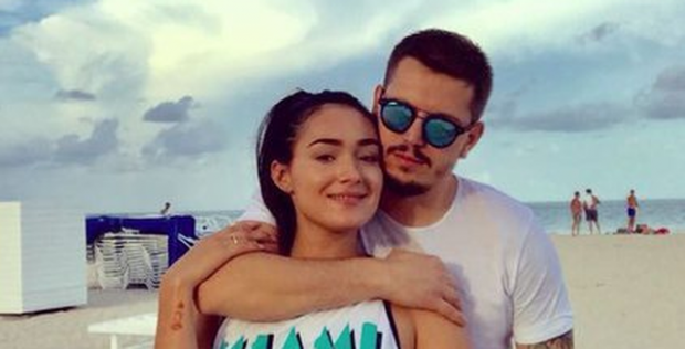"""""""NE QEJF KEMI, POR…""""/ Klea Huta dhe Elgit Doda zbulojnë datën e dasmës (FOTO+VIDEO)"""