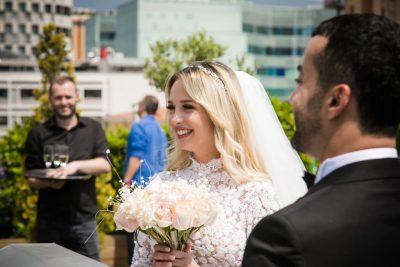 """""""NA NDEZE DASMËN""""/ Bashkëshortja e Gaz Pajës komplimenton përzemërsisht këngëtaren shqiptare"""