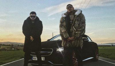 PASI PUBLIKOI  KENGEN ME REPERIN GREK/ Noizyt i ndodh e papritura në Greqi: Ju lutem…(VIDEO)