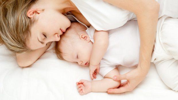 DHET TA DINI/ Ja sa orë gjumë duhet të flini sipas moshës