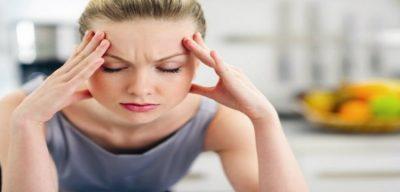 E DINI ? Kombinimi i lëngut të limonit dhe kripës ndalon migrenën