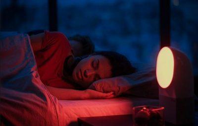 E THOTË SHKENCA/ Fjetja me drita ndezur shkakton shtim në peshë