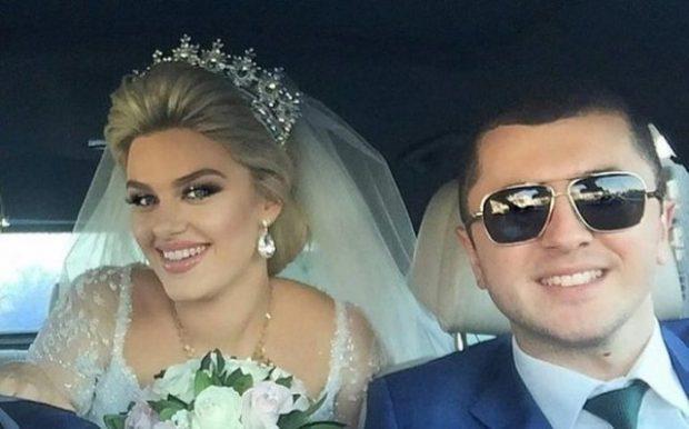 HISTORITË E VEÇANTA/ 8 çiftet shqiptare që u njohën në rrjete sociale  (FOTO)