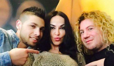 PO BËN NAMIN/ Kënga e Shkëndije Mujaj, Sabianit dhe Marselit thyen rekordin (FOTO)