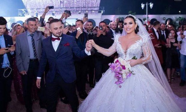 I PASKA BËRË KOLEKSION/ Gjiko zbulon dhuratat që mori nga dasma (FOTO)