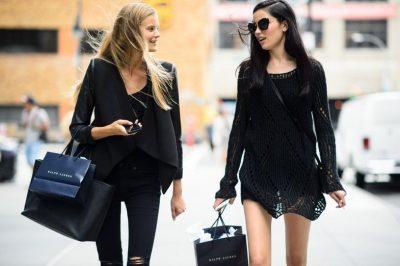 KATËR MOTIVET/ Pse disa njerëz vishen vetëm me të zeza