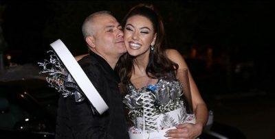 """""""KAM HALLIN E BABIT""""/ Alesia Bami refuzon të puthë moderatorin shqiptar"""