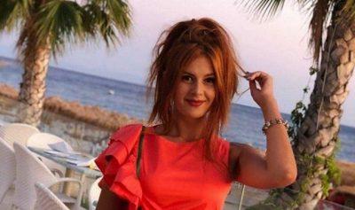 E GUXIMSHME/ Prezantuesja shqiptare poston foto pa pikë makeupi dhe pa filtra (FOTO)