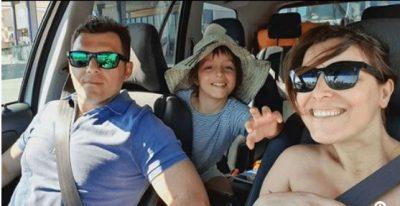 PREZANTON VOGËLUSHEN/ Blendi Salaj publikon foton e vajzës së porsalindur