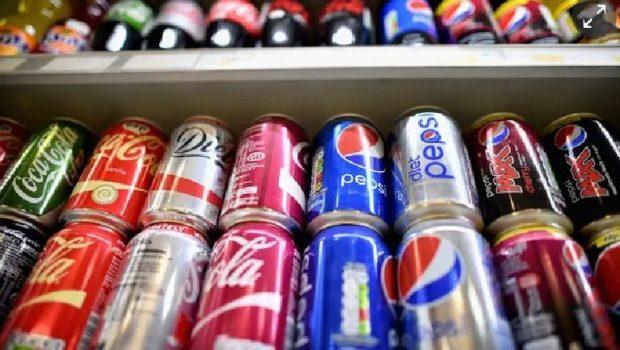 E FRIKSHME, STUDIMI TREGON TË VËRTETËN/ Dy gota pije me gaz në ditë shton rrezikun për sëmundjet në tru