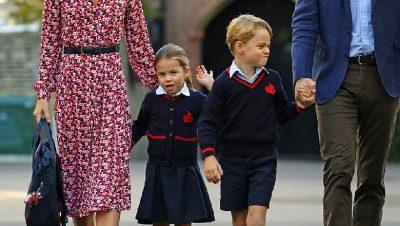 PRINCESHA CHARLOTTE NISI SHKOLLËN PËR HERË TË PARË/ Shikoni si reagojnë vogëlushët mbretërorë para kamerave (VIDEO)