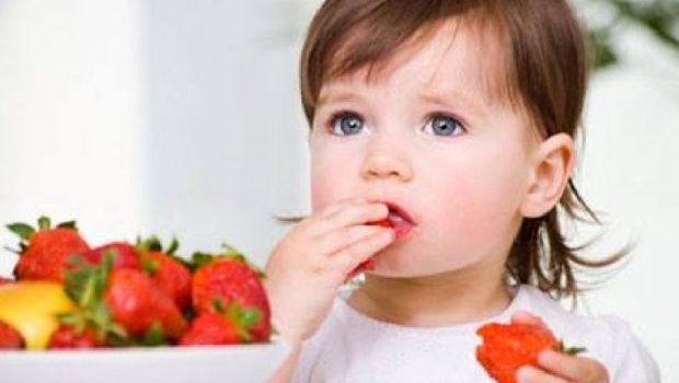 MOS I NEGLIZHONI/ Ushqimet që ndihmojnë në zhvillimin e trurit të fëmijëve