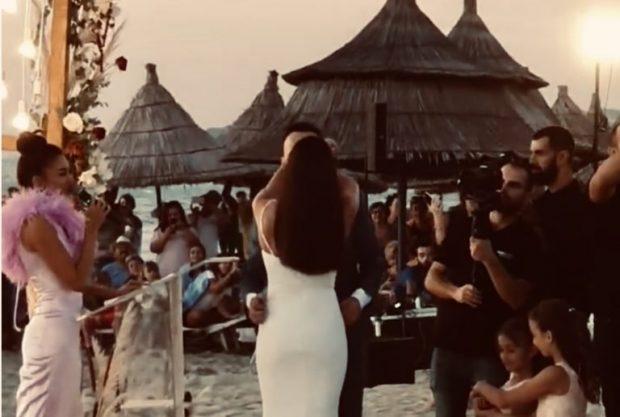 ZYRTARISHT TË MARTUAR/ Elvana Gjata celebron Jonida Vokshin dhe Besnik Krapin (VIDEO)