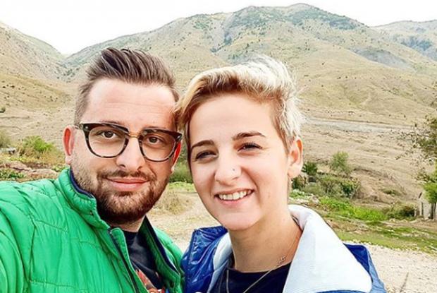 9 VITE BASHKË/ Erion Isai dhe e shoqja vendosin më në fund të martohen