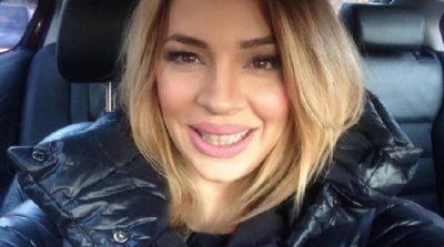 """""""SI DHI MAJË SHKËMBIT""""/ Rozana Radi """"i nxjerr bojën"""" fanses publikisht: Vazhdojmë me rubrikën… (FOTO)"""