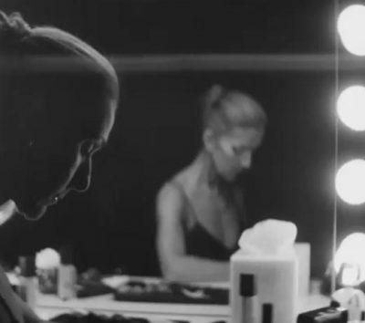 DUHET TA SHIHNI/ Celine Dion shfaqet pa make-up në videon e këngës së re: 'Nuk jam perfekte'