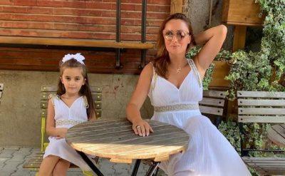 TË ADHURUESHME/ Shikoni si duket Eneda Tarifa dhe vajza e saj me të njejtën veshje (FOTO)