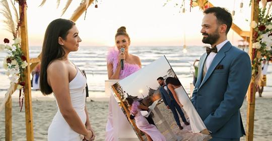 """""""MIKESHA TË NGUSHTA""""/ Jonida dhe Elvana e DJEGIN me kërcimin në dasmë (VIDEO)"""