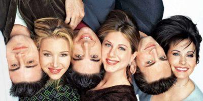 """PËRVJETORI I 25-TË I """"FRIENDS""""/ Apartamenti i famshëm i serialit është kthyer tashmë në muze"""
