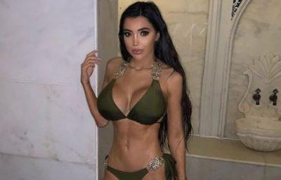 """PO """"ÇMEND"""" RRJETIN ME POZA SEKSI/ Shikoni si duket ylli britanik i """"Celebrity Big Brother"""" me bikini (FOTO)"""
