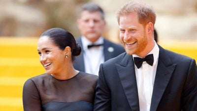 NJËSOJ SI E ËMA/ Princi Harry po thyen protokollin duke ndjekur hapat e Princeshës Diana