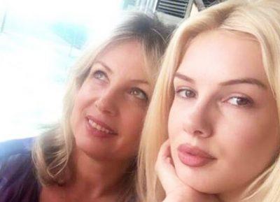 FESTOI DITËLINDJEN/ E ëma i bën Viola Spiros dhuratën më të bukur (FOTO)