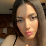 JO SHUMË NJERËZ DO TA TREGONIN/ Elvana zbulon çfarë fshihet pas fotove të saj perfekte
