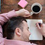 KINI KUJDES/ Këto 5 gjëra që i bëjmë përditë po dëmtojnë trurin tonë pa e kuptuar