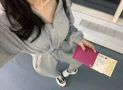 DOKTORËT E THONË/ Këto janë rrobat që nuk duhet të vishni asnjëherë në avion