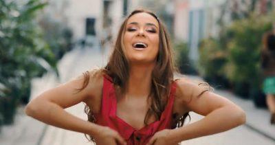SUPERHIT/ Kënga e re e Xhensilës do t'ju bëjë të kërceni (FOTO+VIDEO)