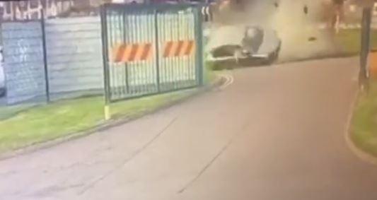 VIDEO E AKSIDENTIT TË FRIKSHËM/ Makina bie nga qielli