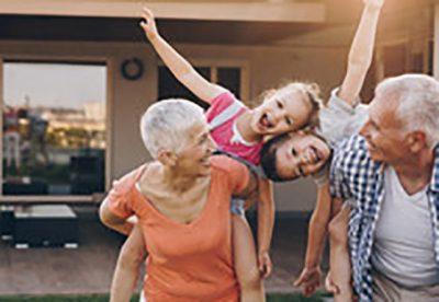 UROJINI SOT/ 2 tetori i çdo viti është dita e të gjithë gjyshërve