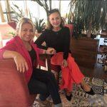 NJË MIQËSI E VËRTETË/ Mariana Kondi thur fjalët më të bukura për këngëtaren Artiola Toska (FOTO)
