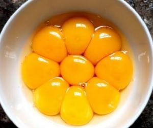JU DHEMBIN GJUNJËT? Ja receta e lehtë me të verdhën e vezës që do t'ju shërojë